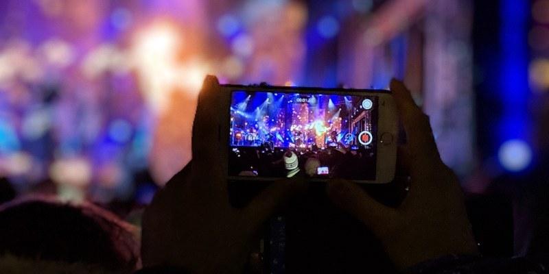 Durante 2019 TikTok borró 49 millones de videos