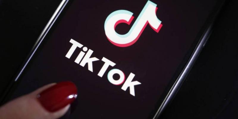 TikTok añade control parental